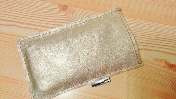 iPhone leather case,golden mobile case,golden iPhone case,leather iPhone cover,golder leather,iphone leather case,golder case,iPhone 6 case