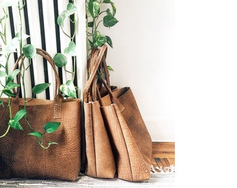 GEORGIA Leather Tote. Light Brown Leather Tote Bag. Simple Leather Shoulder Bag. Everyday Tote Bag. Taupe Leather Tote.