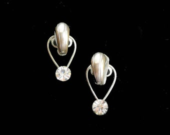 Rhinestone Earrings 1940s Screw Backs Vintage Retro Designer Glam