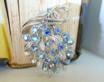 Vintage Usner Rhinestone Brooch Aurora Borealis Flower Silver 50's (item 202)