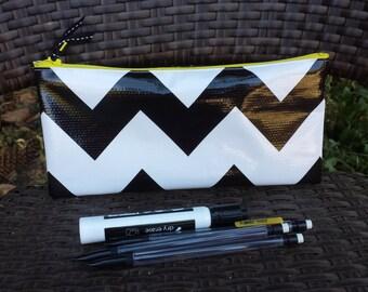 Zippered Oil Cloth Pouch-White with Black Chevron Zig Zag Cosmetic Bag--Purse Organizer--Retro Pencil Pouch