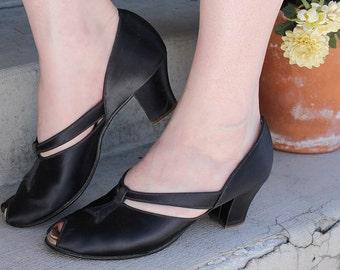 1940's Satin Black and Pink Daniel Green Slippers/ 40's Short Heels
