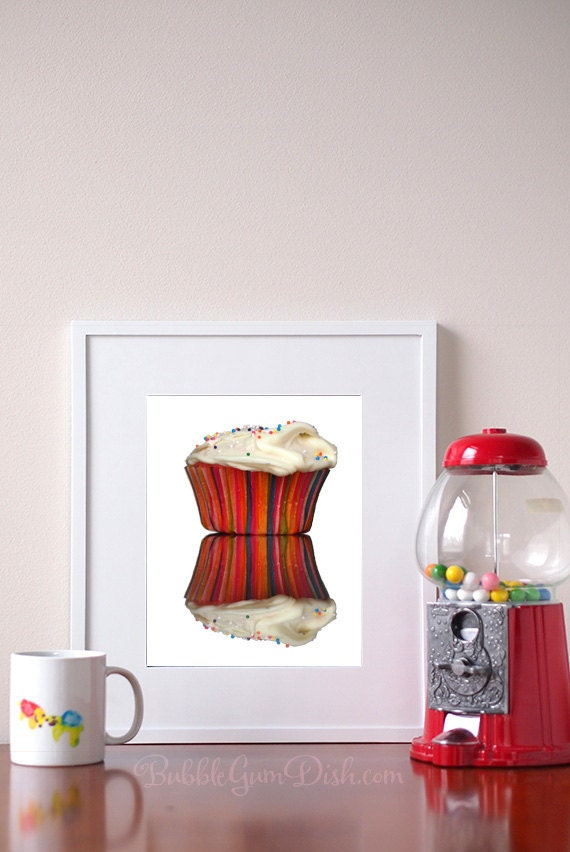 Cupcake bakery decor sprinkles bakery decor by bubblegumdish for Cupcake home decorations