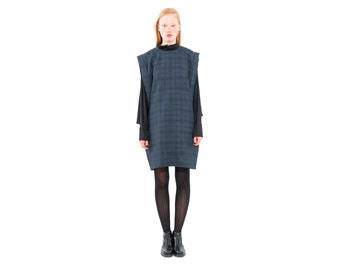 Plaid Pullover dress,Checkered dress, Boxy silhouette, Sweatshirt Dress, Fashion Trends 2016, Sweater vest, Sleeveless pullover