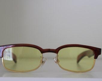 Vintage Geek Chic - Reading glasses - tortoiseshell yellow tint frames  - Rectangular Sunnies - Secretary - Librarian - Nerd - Nineties 90s