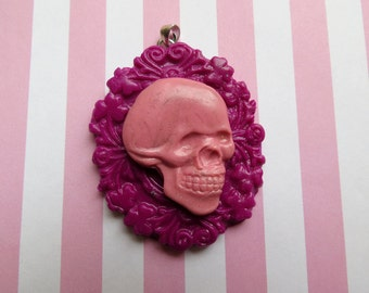 Skull Pendant (fuchsia and pink)