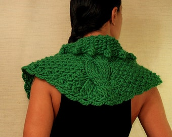 Knit Poncho, Wool Cape, Green Chunky Cape, Sweater Cape, Wool Poncho, Collar Scarf, Cable Knit Cape, Wool Cowl Scarf Valentines Gift For Her