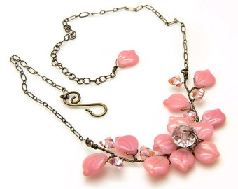 Pink Flower Necklace, Beaded Necklace, Leaf Necklace, Twisted Wire Nature Jewelry, Vine Necklace, Vintage Style Bridal Jewelry, N470