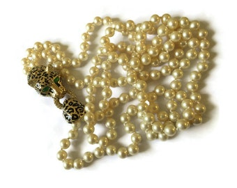 Vintage Ciner Jewelled Leopard Clasp Pearl Necklace