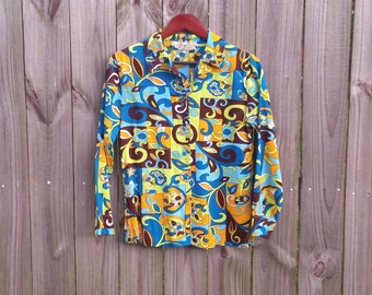XS S Extra Small Vintage 60s 70s Psychedelic Trippy Groovy Hippie Print Button Up Collar Long Sleeve Bright Top Shirt Blouse
