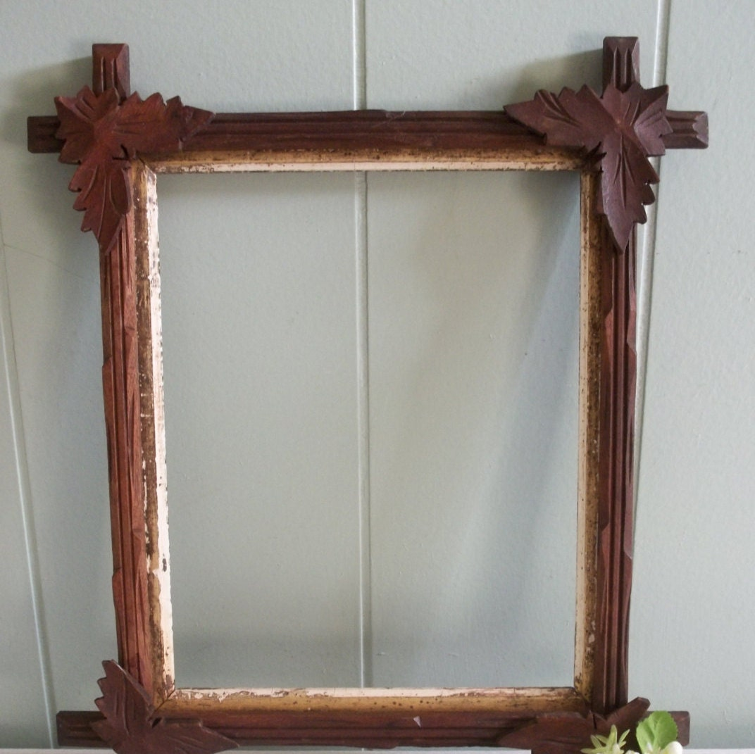 Antique Picture Frame Leaves In Corner Adirondack Or Black