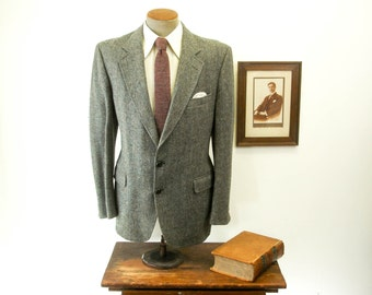 1970s Vintage Hampshire Tweed Mens Suit Jacket Pure Wool Gray Plaid Blazer / Sport Coat Hampshire Woolen Fabric by Stafford -Size 44 (LARGE)