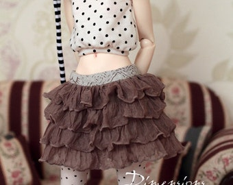 Beige ruffle skirt -for 1/4 mini bjd