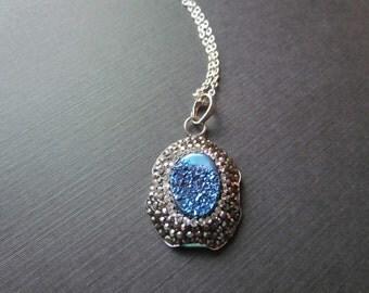 25% OFF SALE Druzy Necklace - Druzy Pendant - Crystal Pendant - Blue Agate Necklace - Blue Druzy -