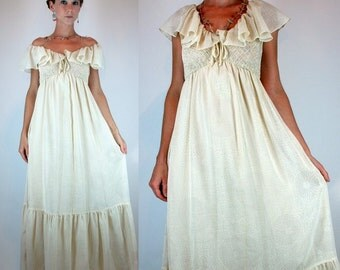 Vintage 70s Bohemian Hippie Tiered Wedding Dress. draped Ruched off shoulder boho Cream Tiered Gown. floral Print Maxi. Extra Small - Small