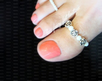 Big Toe Ring Combo - Silver Roses - Pearls - Stretch Bead Toe Ring