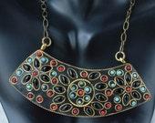 Statement Necklace, chunky necklace, Bib style, Crystal flower, vintage style, Antique make