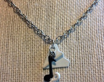 """18"""" Black and White Music Note/Paper AirPlane Necklace"""