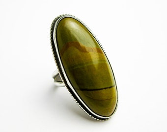 Native American 1950s Sterling Ring w. Huge  Picture Agate Cabochon, Southwestern USA.