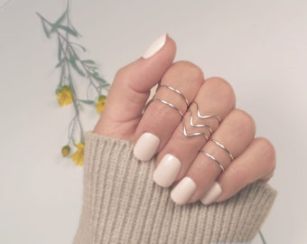 Midi Rings. Stacking Rings. Above Knuckle Rings. Wire Wrapped Ring, Dainty Gold or Silver Ring Set of 7. Gift for Her