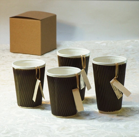 Pair of cups, porcelain take away cups
