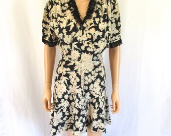 "1930s Pin-Up Girl Silk Bias-Cut Floral Print Dress 28"" W"
