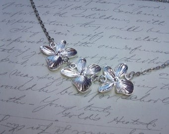Silver orchids necklace