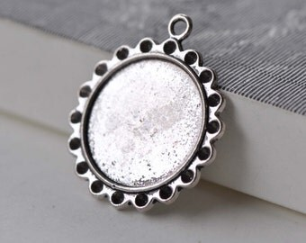 10 pcs Antique Silver Round Pendant Tray Cameo Base Settings Match 22mm Cabochon A7604
