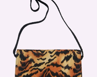 Tiger print cross-body Pouch Tiger print pouch