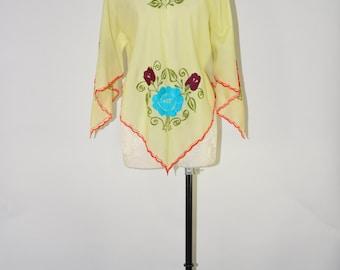 yellow bohemian tunic / bell sleeve folk top / 70s handkerchief tunic / hippie embroidery shirt