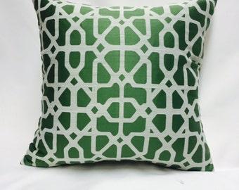 Green Modern Geometric Pillow Cover