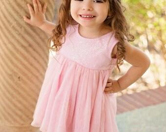 pink hair bow, baby bows,   infant hair clip bow, hair clip,  girls accessories