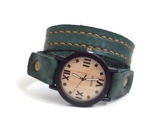 Wood watch wrist Wooden watch men Wood watch men Wood grain texture watch face Green leather watch band Wood leather watch Rustic watch