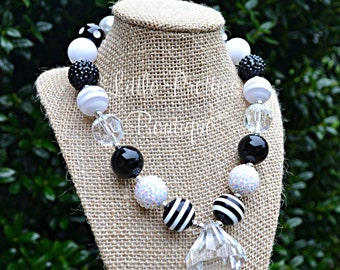 Black and White Bubblegum Necklace, Chunky Necklace, Kid's Necklace, Children's Necklace, Girl's Necklace, Chunky Bead Necklace, BN01