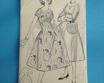 Vintage 1950s Bestway sewing pattern for dress