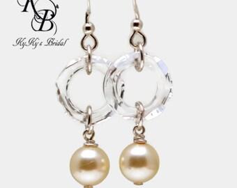 Pearl and Crystal Earrings, Bridal Earrings, Pearl Earrings, Wedding Jewelry, Winter Wedding, Sterling Silver Earrings, Elegant Earrings