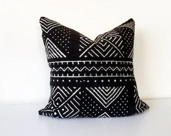 Mudcloth Pillow Cover, Vintage Malian Bogolanfini, Warm Black with White