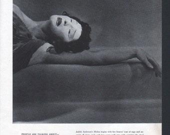 Vogue magazine original print, Judith Anderson in Medea, black and white - PD000652