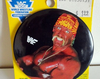 "Official 1991 WWF World Wrestling Federation Hulk Hogan 3"" Diameter Button"