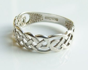 Vintage 9ct 9k White Gold Celtic Band Ring Size 4 1/2 - i