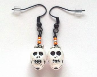 Glass White Skull and Bead Earrings - Halloween Earrings - Day of the Dead Earrings - Skull Earrings - Halloween Jewelry - Epsteam