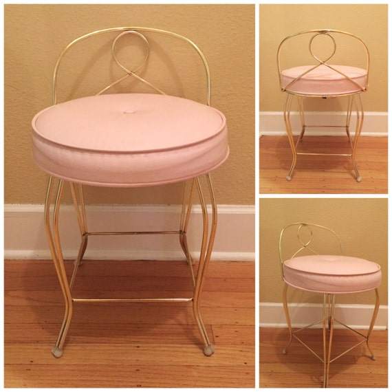 hollywood regency vanity chair pink vinyl mid century vanity