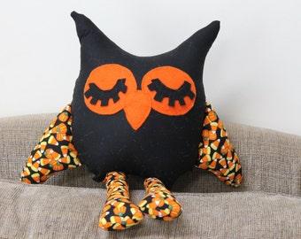 Halloween Owl, Black Owl,  Orange Owl,  Stuffed Owl, Owl Pillow, Fall Owl, Autumn Owl, Candy Corn Owl, Party Favors, Nursery Owl, Toy Owl