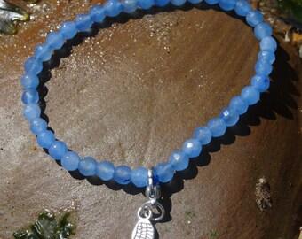 Dainty Angel wing bracelet