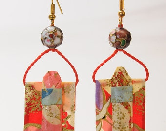 "Earrings in origami Kimono ""The flight of the cranes at dawn"""