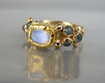 14K Solid Gold Ring, Moonstone Ring, Alternative Engagement Ring, Moonstone Labradorite Caterina Ring, Wedding Ring, Unique Engagement Ring