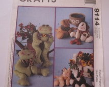 Cat, Dog and Frog Bean Bag Pals Pattern UNCUT McCalls Crafts 9114