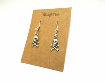Pirate Earrings, Pirate Jewellery, Pirate Jewelry, Pirate Charm Earrings, Pirates of the Caribbean, Skull & Cross Bones Earrings
