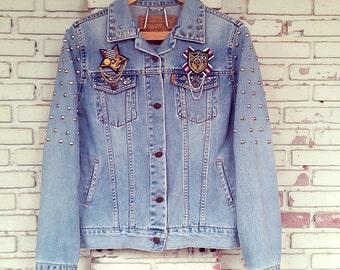 Studded Denim / Reworked Studded Vintage Jean Jacket / Studded Jean Jacket / Studded Denim Jacket Women Size: M