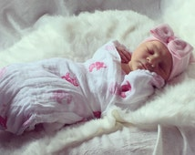 New!!! Smaller Bow Pink and White Hospital Newborn Beanie, Newborn's First Bow! Newborn Hat, Baby Girl Hospital Hat, Newborn Girl Hat